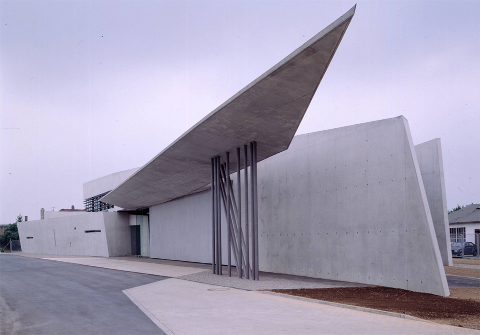 Vitra Fire Station in Weil, Rhein, Germany. Photo: Helene Binet. Courtesy: Zaha Hadid Architects.